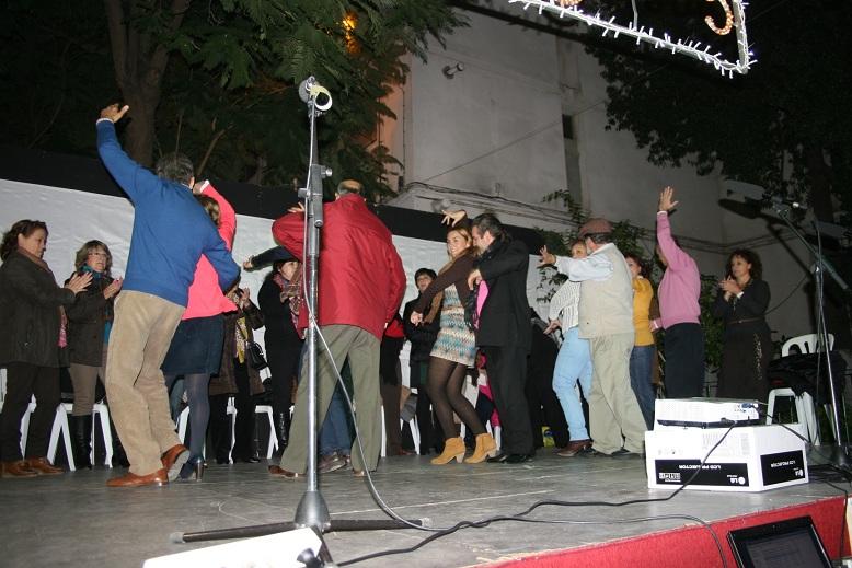 El taller de sevillanas de Modesto del Río colaboró con el evento.