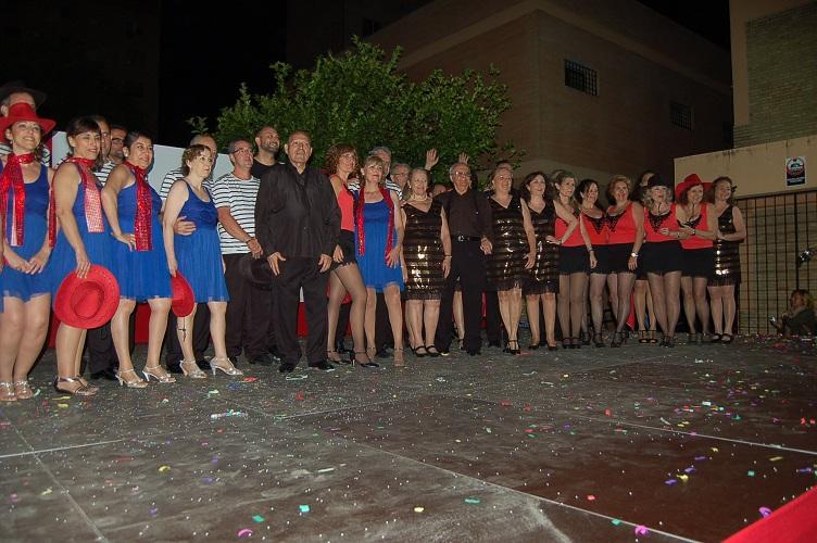 El fin de fiesta lo protagonizó Carlos Nogales y sus magníficos alumnos de Baile de Salón
