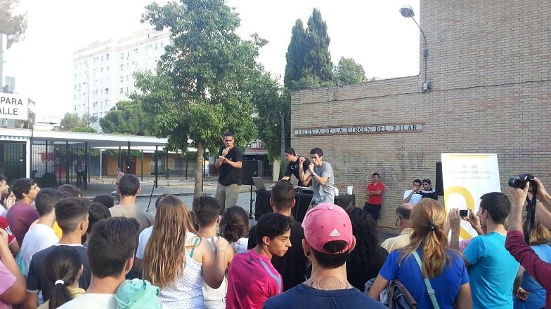 Concierto de Rap en el que participaron, como intérpretes y público, alumnos de los IES del Distrito
