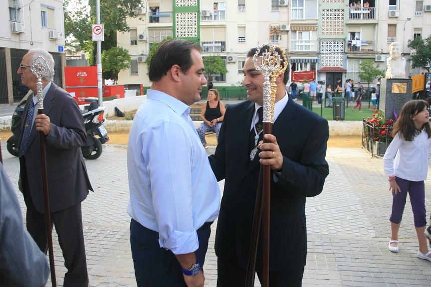 El delegado Jaime Ruiz junto al secretario de Nuestro Padre Jesús de la Salud, Joaquín Muñoz.