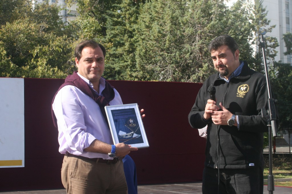 El delegado del distrito San Pablo-Santa Justa, Jaime Ruiz recibió un reconocimiento por su implicación con El Perdón de La Corza.