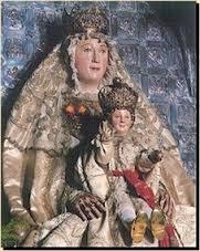 Imagen de la Virgen de los Reyes.