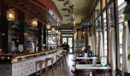 El Bar Plata en el barrio de La Macarena