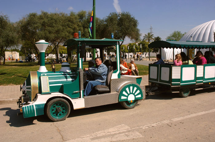 Tren de paseo del Parque del Alamillo de Sevilla
