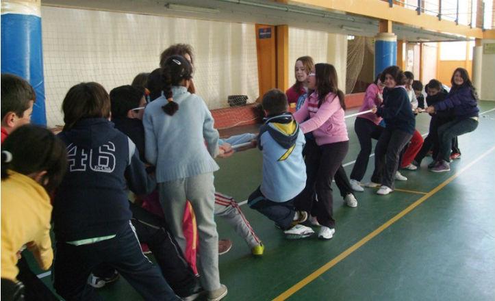 Niños realizando actividades extraescolares