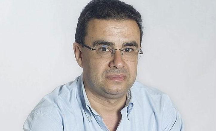 Paco Robles presenta su novela El aguador de Sevilla
