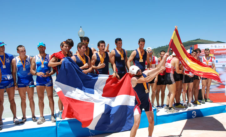 Remeros del Círculo de Labradores en Campeonato de España de remo olímpico