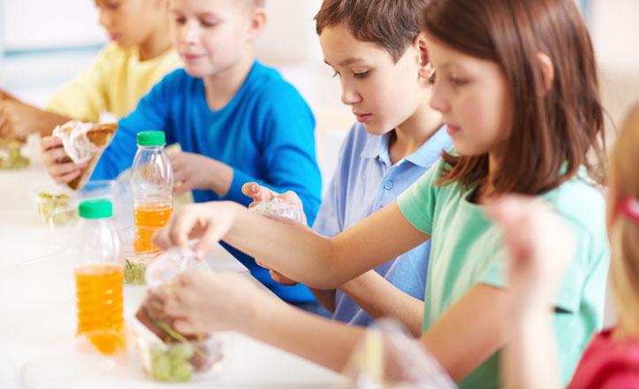 Taller aprender a comer en el distrito Macarena