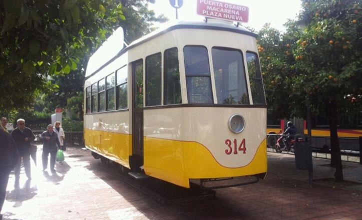 El tranvía de la Plaza San Francisco se traslada a Triana