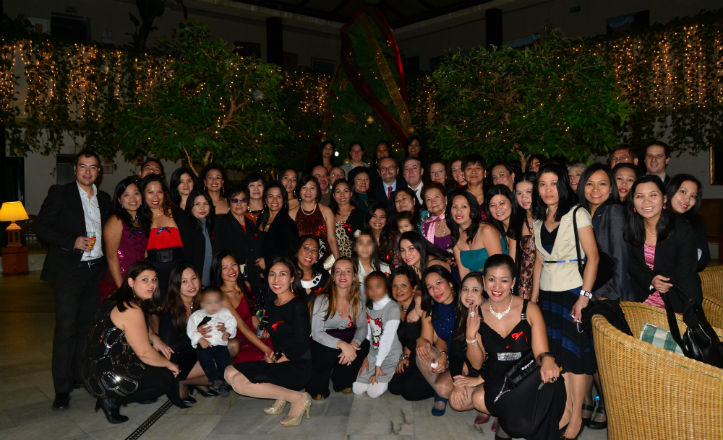 Cena de la comunidad filipina en Antares