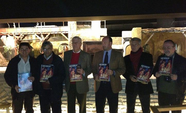 Presentación de la edición de navidad de la revista Triana en el castillo de San Jorge