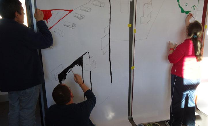 Taller de teatro y manualidades para personas con discapacidad en la Macarena