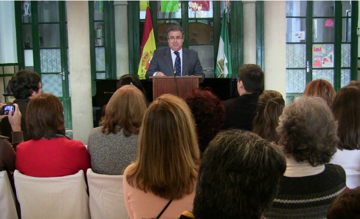 El alcalde de Sevilla, Juan Ignacio Zoido en el 75 aniversario del colegio España