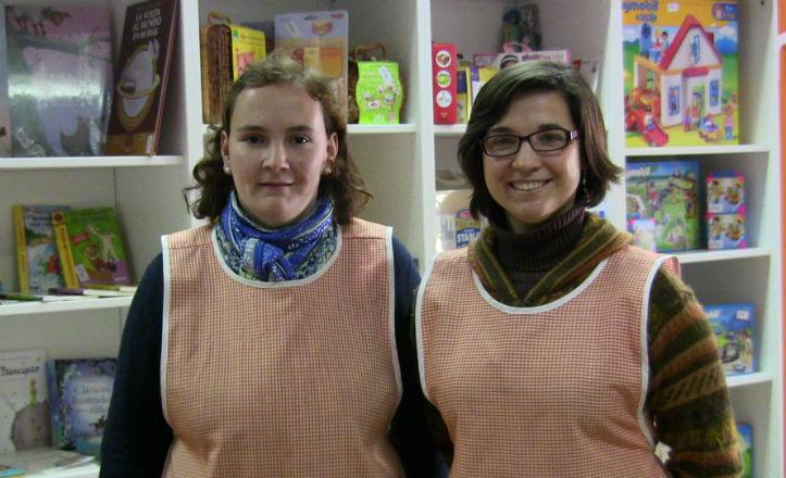 Leticia Moreno y Marciala Mateos en la tienda Pares o Nones