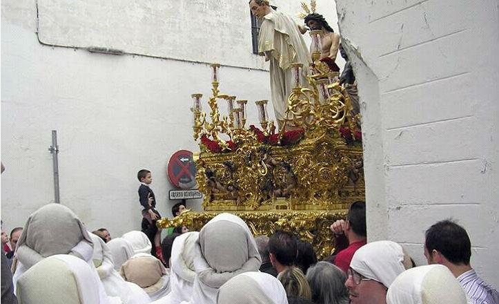 Paso de misterio de la Hermandad de San Benito