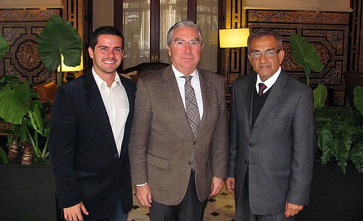 Enrique Moreno de la Cova (miembro-COI) y Silvino Netto.
