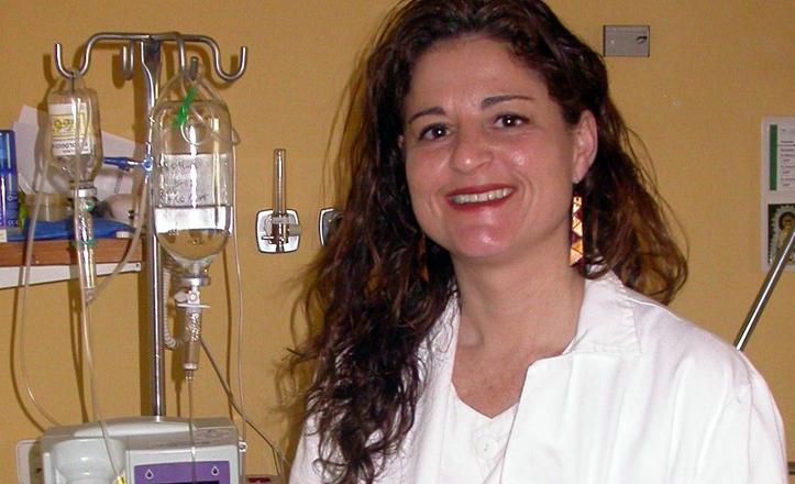La enfermera Eva Pérez en una de las salas del hospital de valme