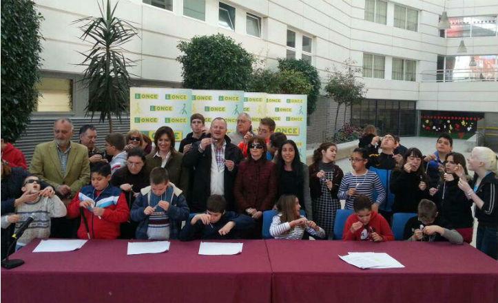 Pompas en el Día Internacional del Cáncer Infantil