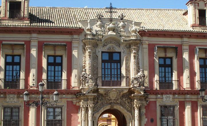 Fachada-principal-del-museo-de-bellas-artes