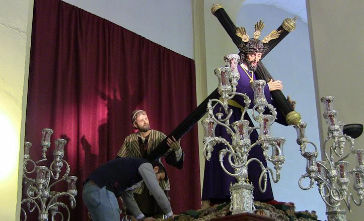 SanjoseObrero-paso-Cristo