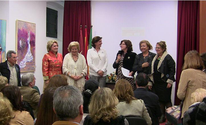 Inauguración de la exposición de la asociación de mujeres «Pinceladas»