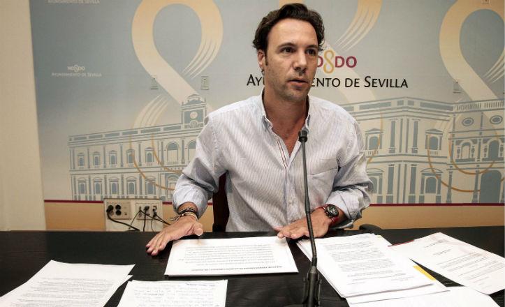 «Estamos trabajando con vecinos para reurbanizar El Trébol y Las Calesas»
