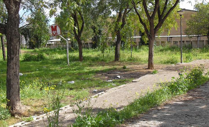 parque-abandonado-Hesperides