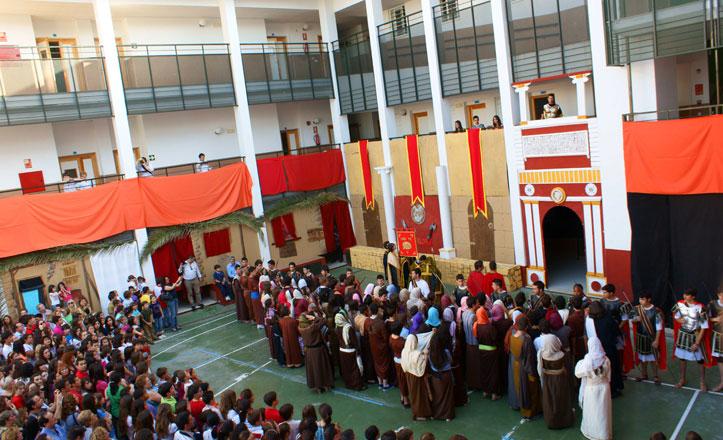 Representación de la Pasión de Cristo en el Colegio Nuestra Señora del Rosario