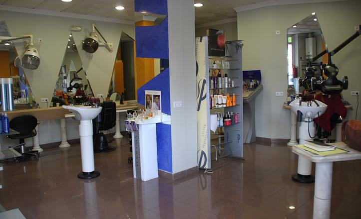 Interior de la peluquería Nuevo Stylo