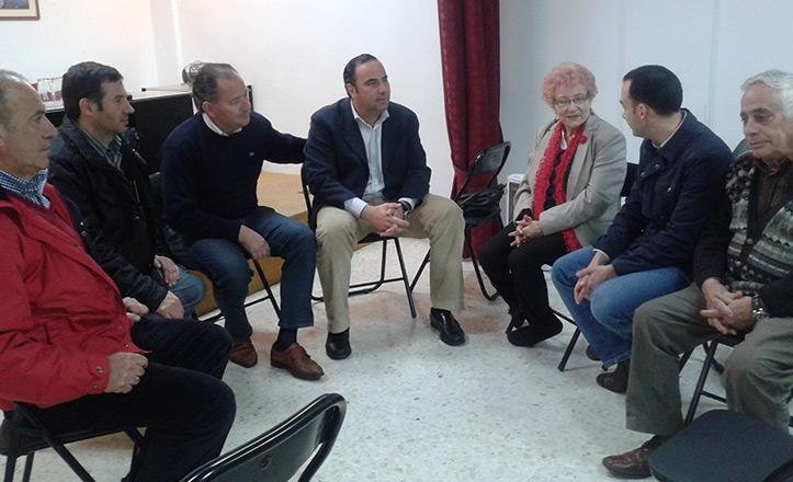 Belmonte se reúne con la nueva junta directiva de Bermejales 2000