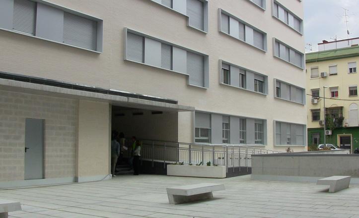 IU exige al Gobierno local que transfiera sus pisos en venta a régimen de alquiler