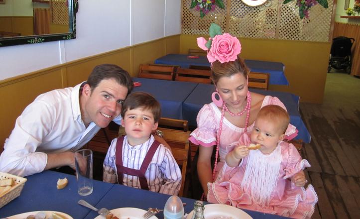 Fernando, Pablo, María José y María en la feria