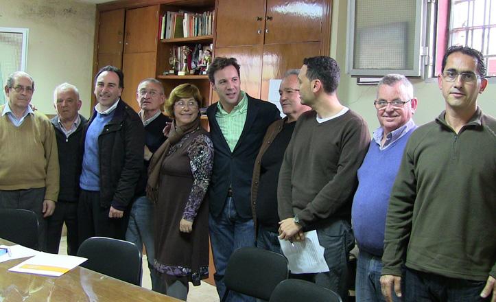 visita-delegado-Josemi-PadrePio-vecinos