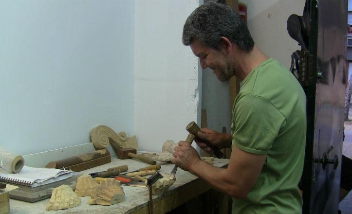 Ricardo Rodríguez, profesor del taller de carpintería