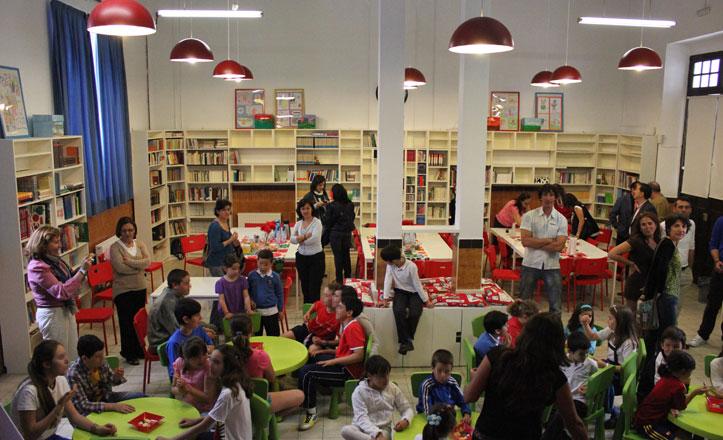 colegio-san-jacinto-biblioteca