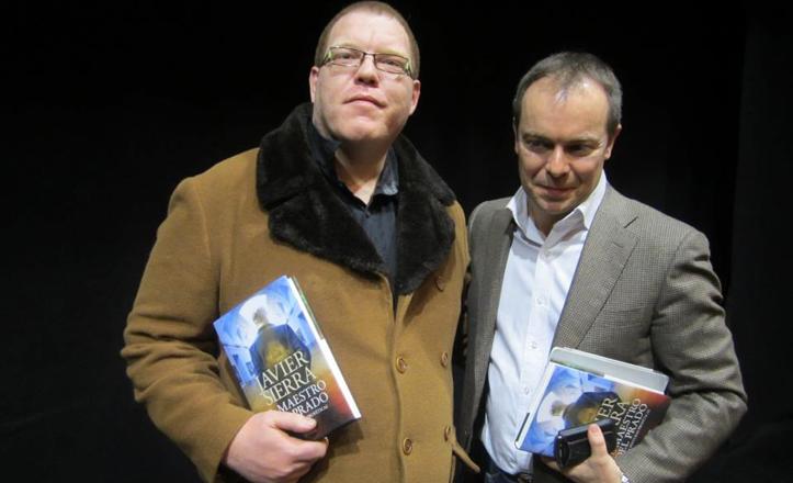 Javier Lobato junto con Javier Serra