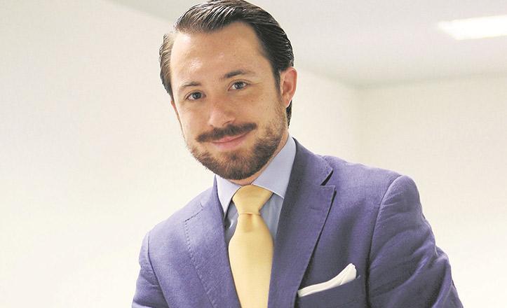 Javier Sánchez Rivas, productor, gerente e intérprete de la compañía sevillana de Zarzuela