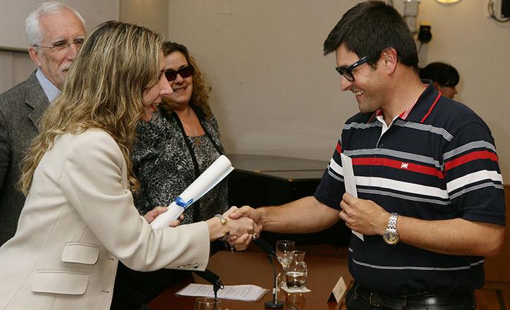 El sevillano José Miguel Suárez recibe el Premio Tiflos 2012