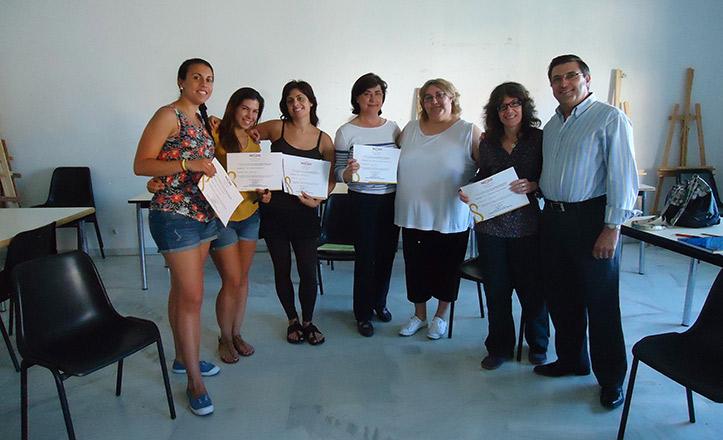 Entrega de diplomas de los talleres de lenguaje de signos
