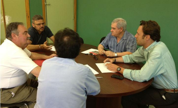 Reunión del delegado, José Miguel Luque, con la asociación de donantes