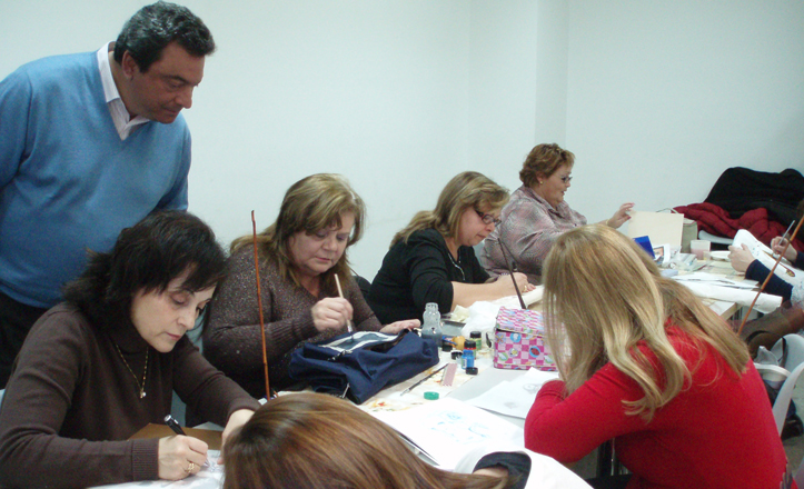 talleres-socioculturales-este-2013