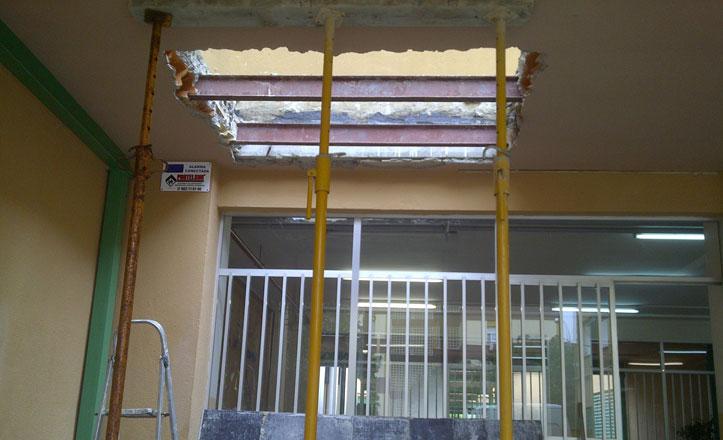 Comienza la instalación de un ascensor en el Colegio Blas Infante