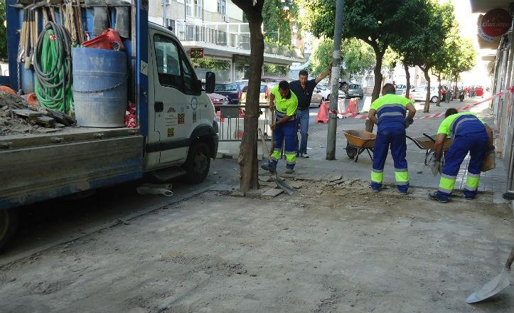Sustitución del acerado en la calle Dionisio Alcalá Galiano