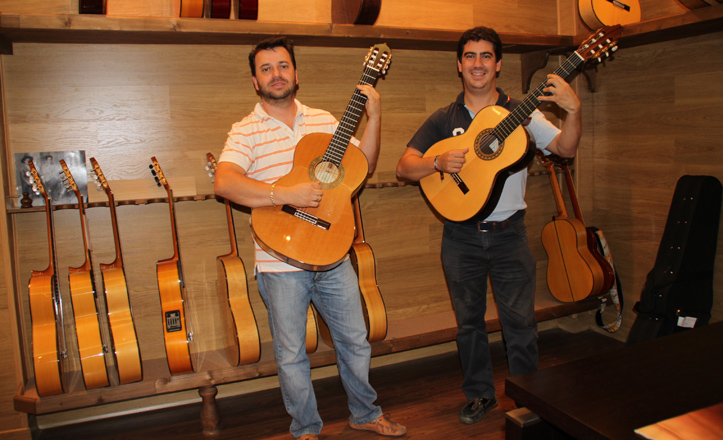 antonio-bernal-guitarras
