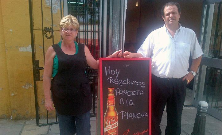 Propietarios del bar Macarena