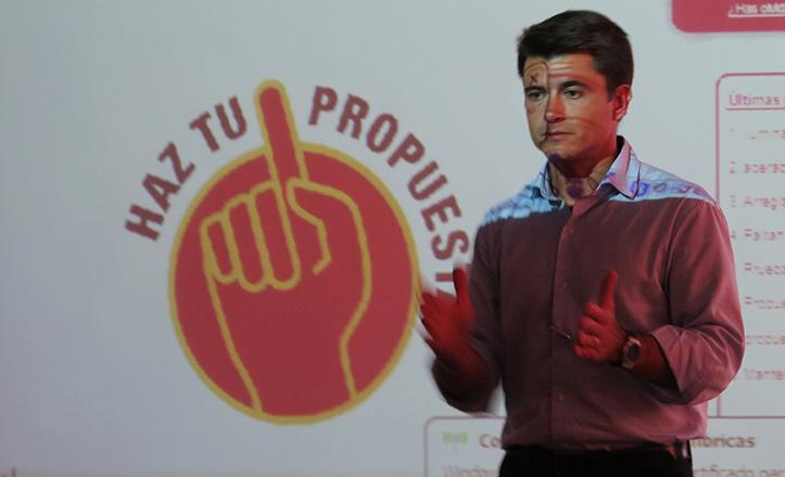 Pérez pide al PSOE que «deje la acción solidaria al margen de la demagogia»
