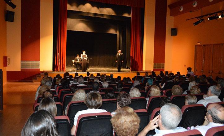 La «Noche Mágica de la Zarzuela» conquista al público de la Macarena