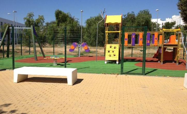 El parque infantil de Nueva Tablada se inaugurará el próximo lunes