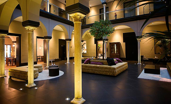 patio-hotel-fontecruz