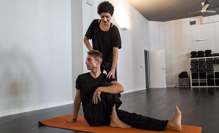 esana-yoga-mon-alvaro
